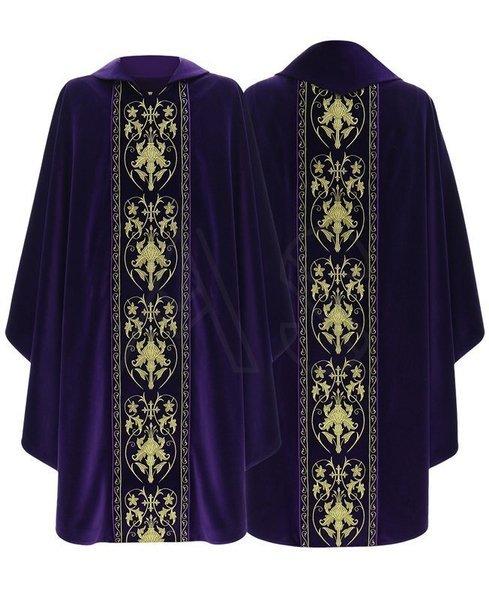 Gothic Chasuble 557-AFA